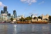 London_141006-26